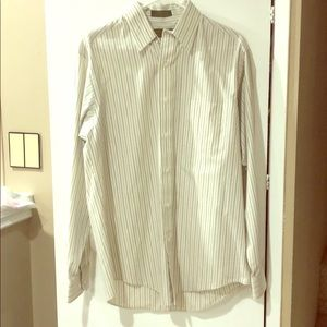 Dunne and Cole Wrinkle-less broadcloth Button Down